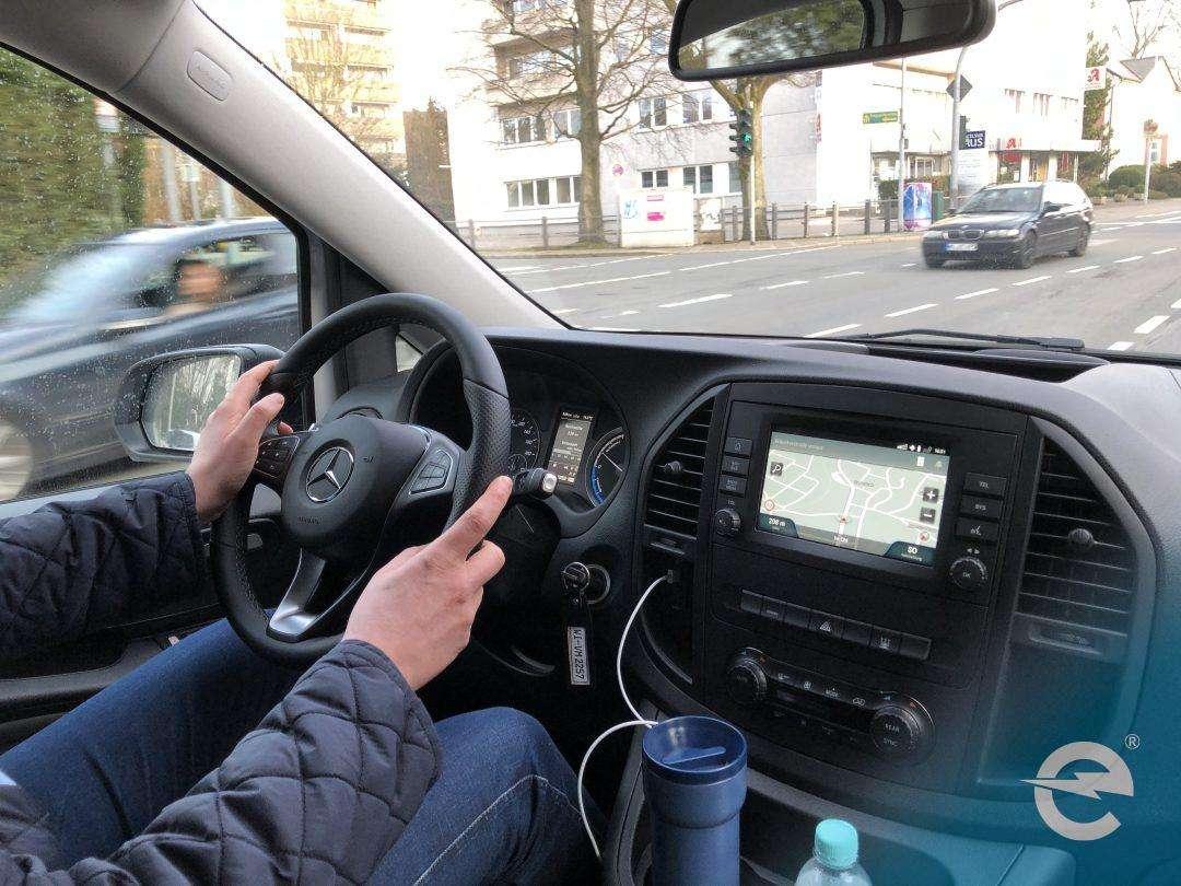 Elektroauto: Wenn sich Journalisten bei Testfahrten dumm anstellen