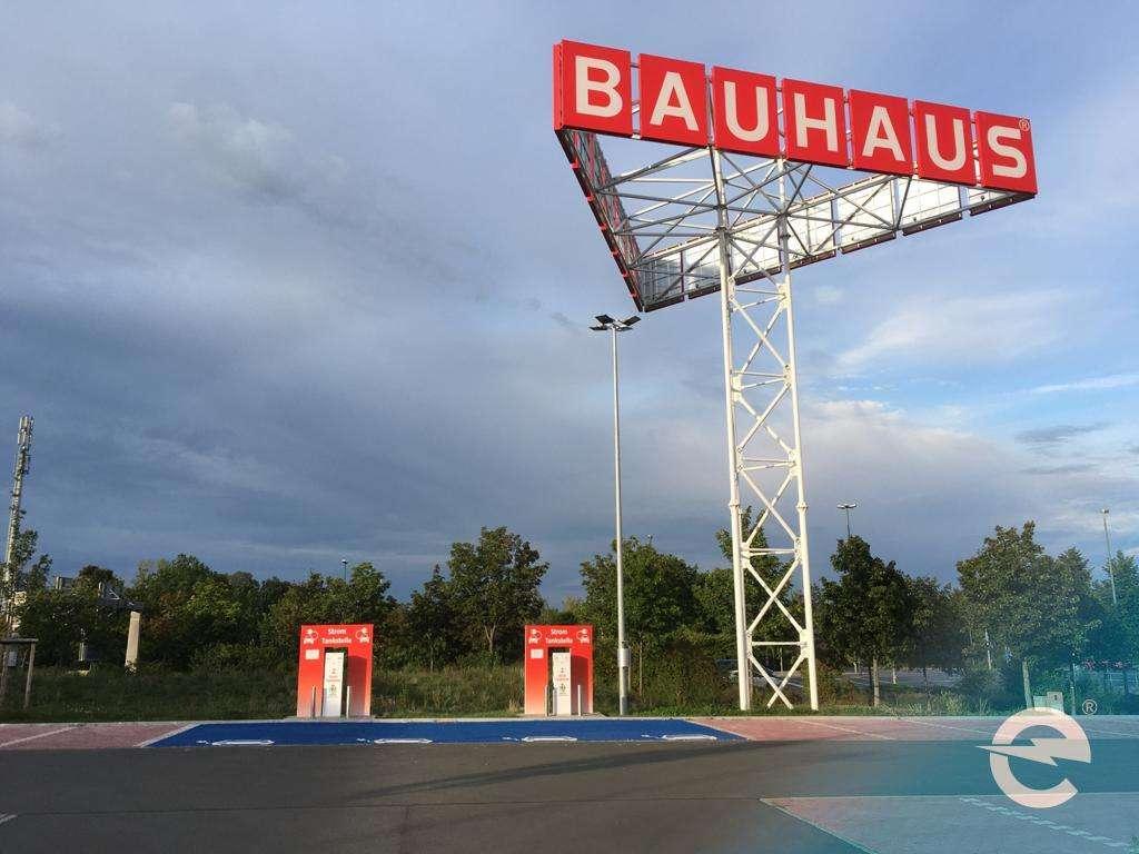 Auch die Baumarktkette BAUHAUS  wird Ladesäulenbetreiber