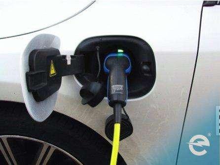 Elektromobilität: Plug in Hybrid Modelle von Autobauern selbst entzaubert