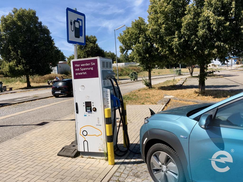 Elektroautos: Teuer für die Hersteller - kostengünstig im Betrieb