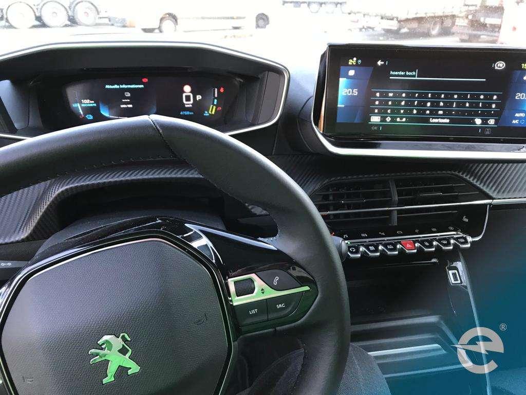 Elektroauto: Der Peugeot e2008 im emobicon Test